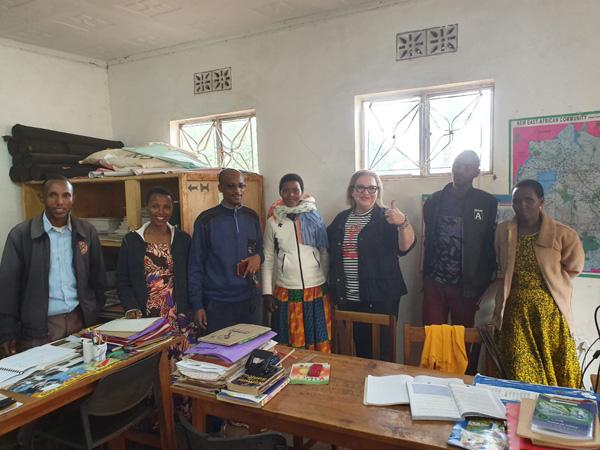 בחדר המורם עם צוות המורים